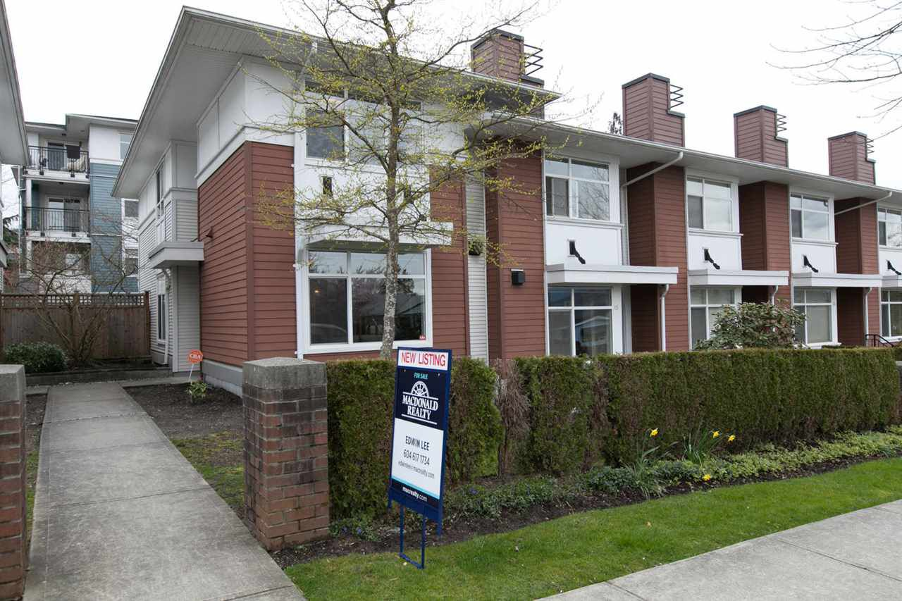 Main Photo: 16 6539 ELGIN AVENUE in Burnaby: Forest Glen BS Townhouse for sale (Burnaby South)  : MLS®# R2156249