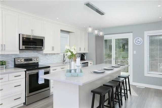 Photo 2: Photos: 7 Fenimore Place in Georgina: Keswick North House (Bungalow-Raised) for sale : MLS®# N4295926