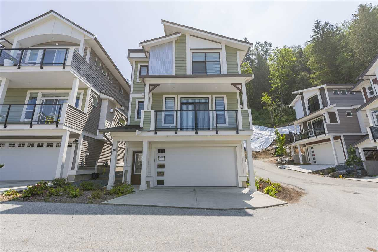 """Main Photo: 36 47042 MACFARLANE Place in Chilliwack: Promontory House for sale in """"SOUTH RIDGE"""" (Sardis)  : MLS®# R2373794"""