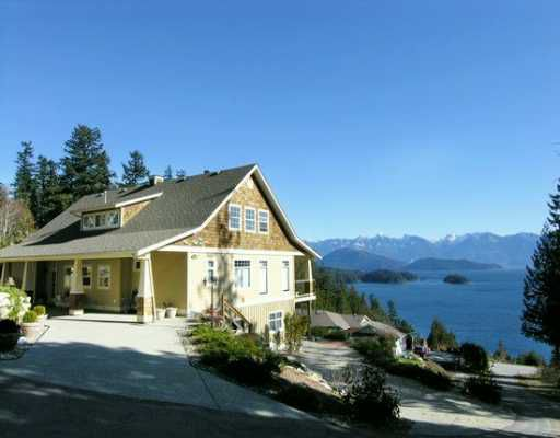"""Main Photo: 1221 ST ANDREWS RD in Gibsons: Gibsons & Area House for sale in """"MORNINGSTAR ESTATES"""" (Sunshine Coast)  : MLS®# V576321"""
