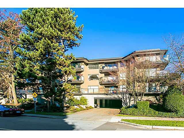"Main Photo: 325 210 W 2ND Street in North Vancouver: Lower Lonsdale Condo for sale in ""VIEWPORT"" : MLS®# V1038256"
