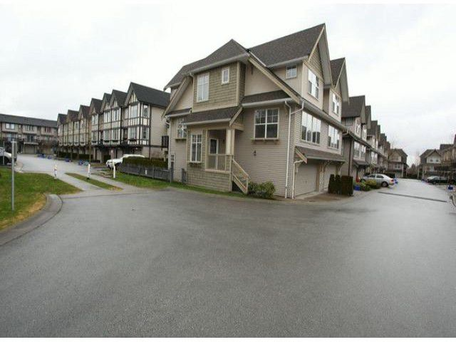 "Main Photo: 66 8089  209TH ST in Langley: Willoughby Heights Townhouse for sale in ""Arborel Park"" : MLS®# F1303396"