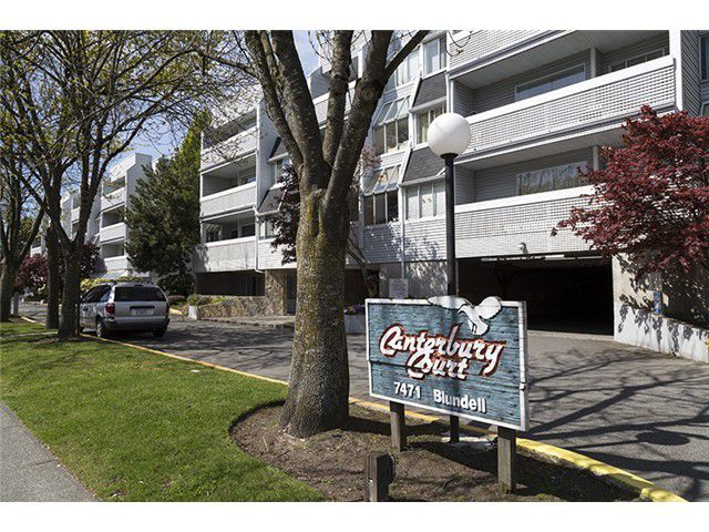 """Main Photo: 204 7471 BLUNDELL Road in Richmond: Brighouse South Condo for sale in """"CANTERBURY COURT"""" : MLS®# V1061435"""