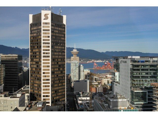 "Main Photo: 3202 833 SEYMOUR Street in Vancouver: Downtown VW Condo for sale in ""CAPITOL RESIDENCES"" (Vancouver West)  : MLS®# V1108647"