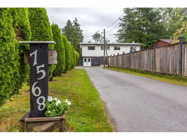 Main Photo: 7568 LEE Street in Mission: Mission BC House for sale : MLS®# R2076118