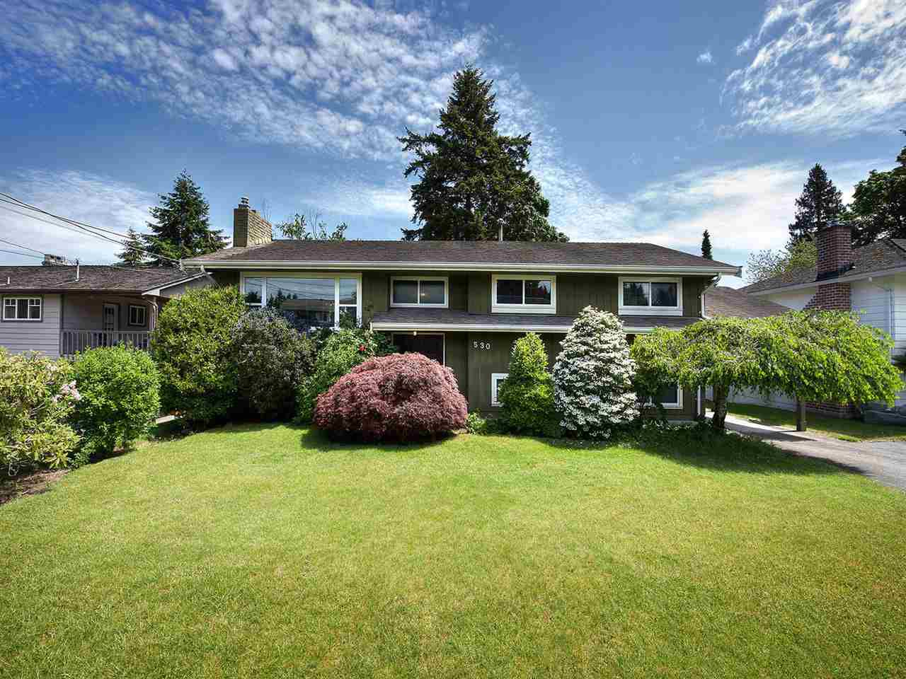 Main Photo: 530 55 Street in Delta: Pebble Hill House for sale (Tsawwassen)  : MLS®# R2172625