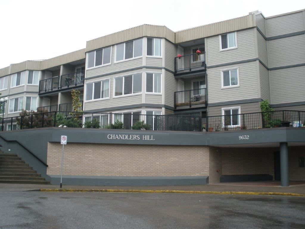"Main Photo: 102 9632 120A Street in Surrey: Cedar Hills Condo for sale in ""CHANDLER'S HILL"" (North Surrey)  : MLS®# R2173248"