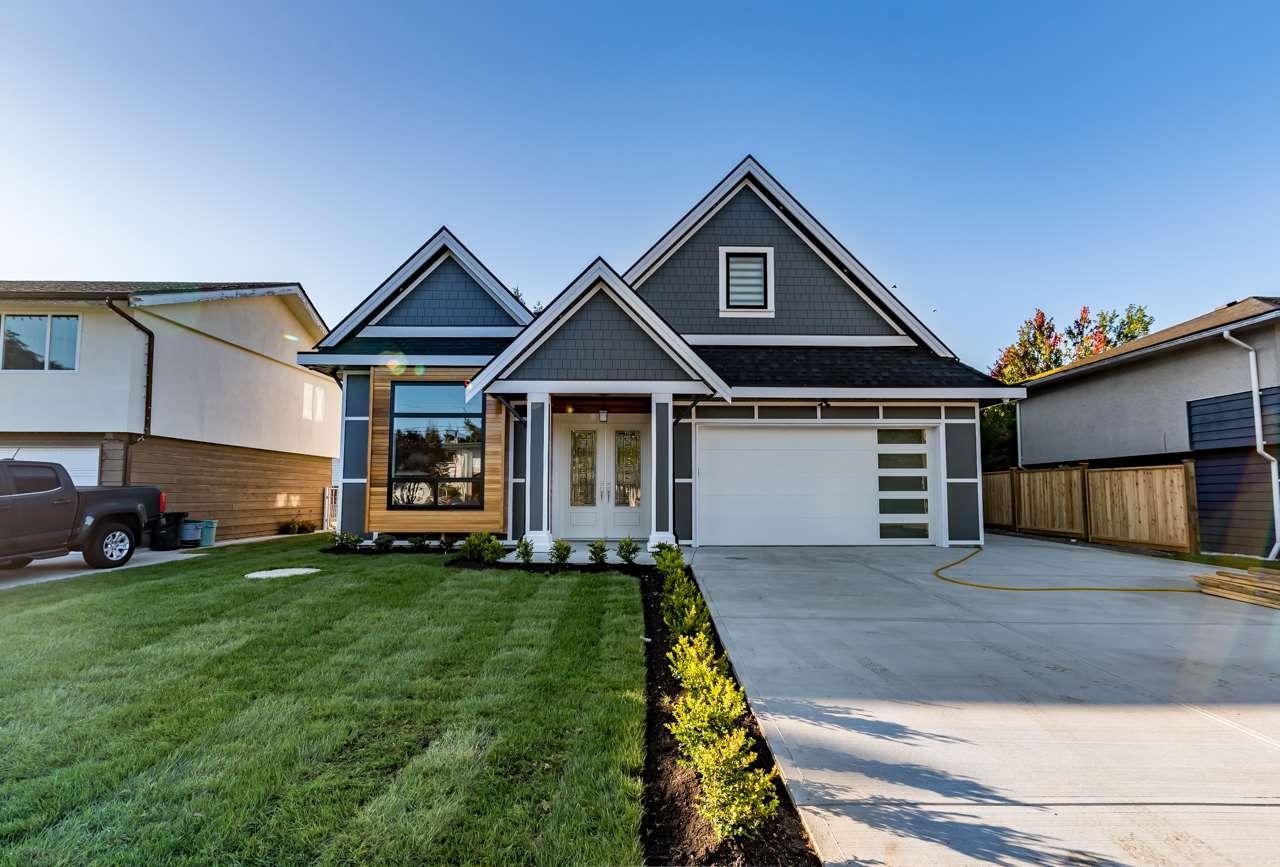 Main Photo: 5526 45 Avenue in Delta: Delta Manor House for sale (Ladner)  : MLS®# R2173859