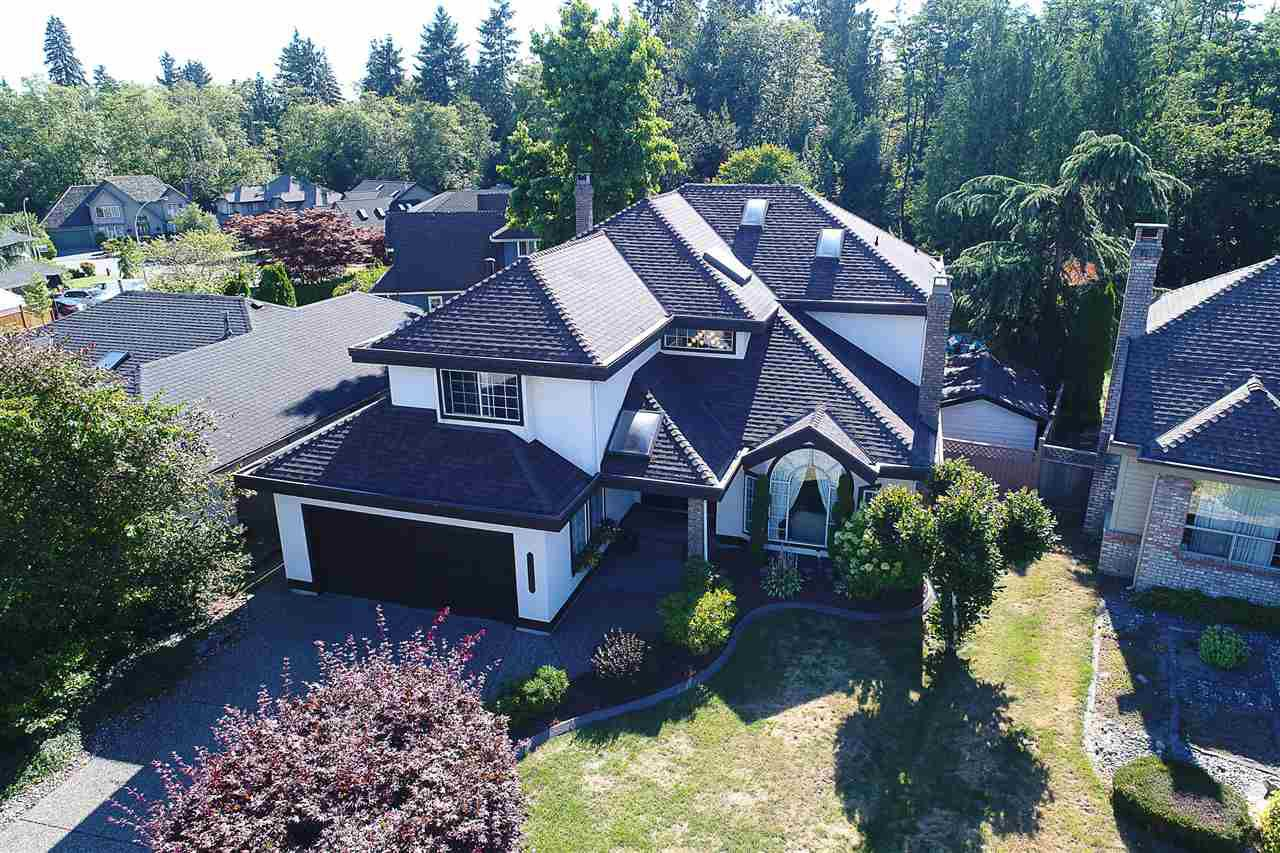 Main Photo: 8333 148B Street in Surrey: Bear Creek Green Timbers House for sale : MLS®# R2191505