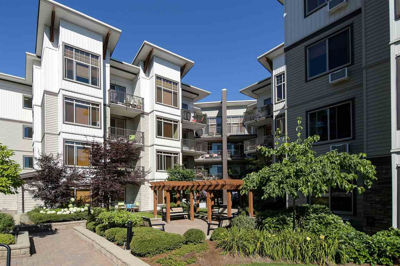 "Main Photo: 418 11887 BURNETT Street in Maple Ridge: East Central Condo for sale in ""Wellington Station"" : MLS®# R2193289"