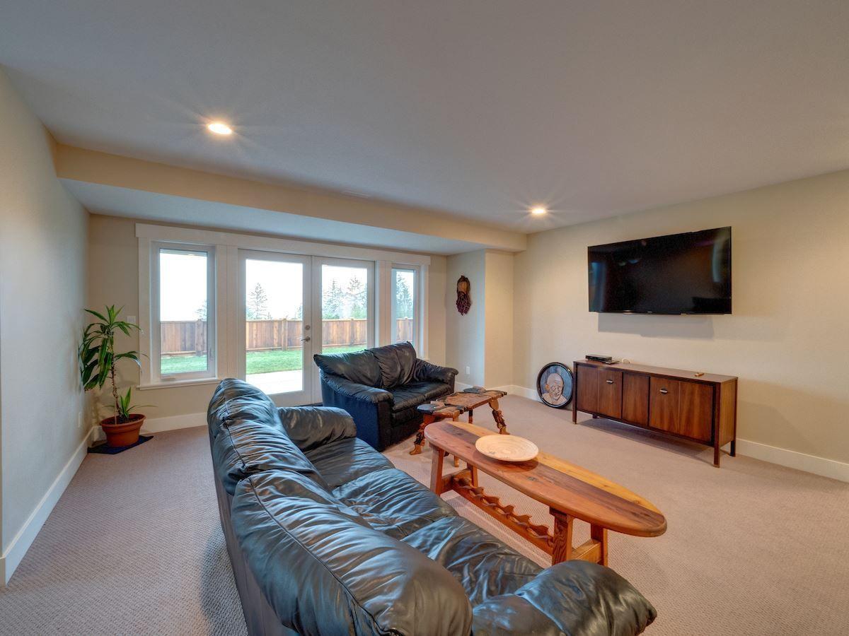 Photo 18: Photos: 6021 COWRIE Street in Sechelt: Sechelt District House for sale (Sunshine Coast)  : MLS®# R2231285
