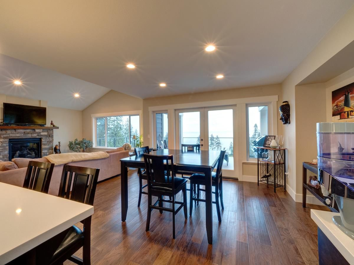 Photo 7: Photos: 6021 COWRIE Street in Sechelt: Sechelt District House for sale (Sunshine Coast)  : MLS®# R2231285