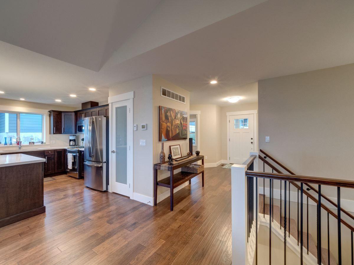 Photo 12: Photos: 6021 COWRIE Street in Sechelt: Sechelt District House for sale (Sunshine Coast)  : MLS®# R2231285