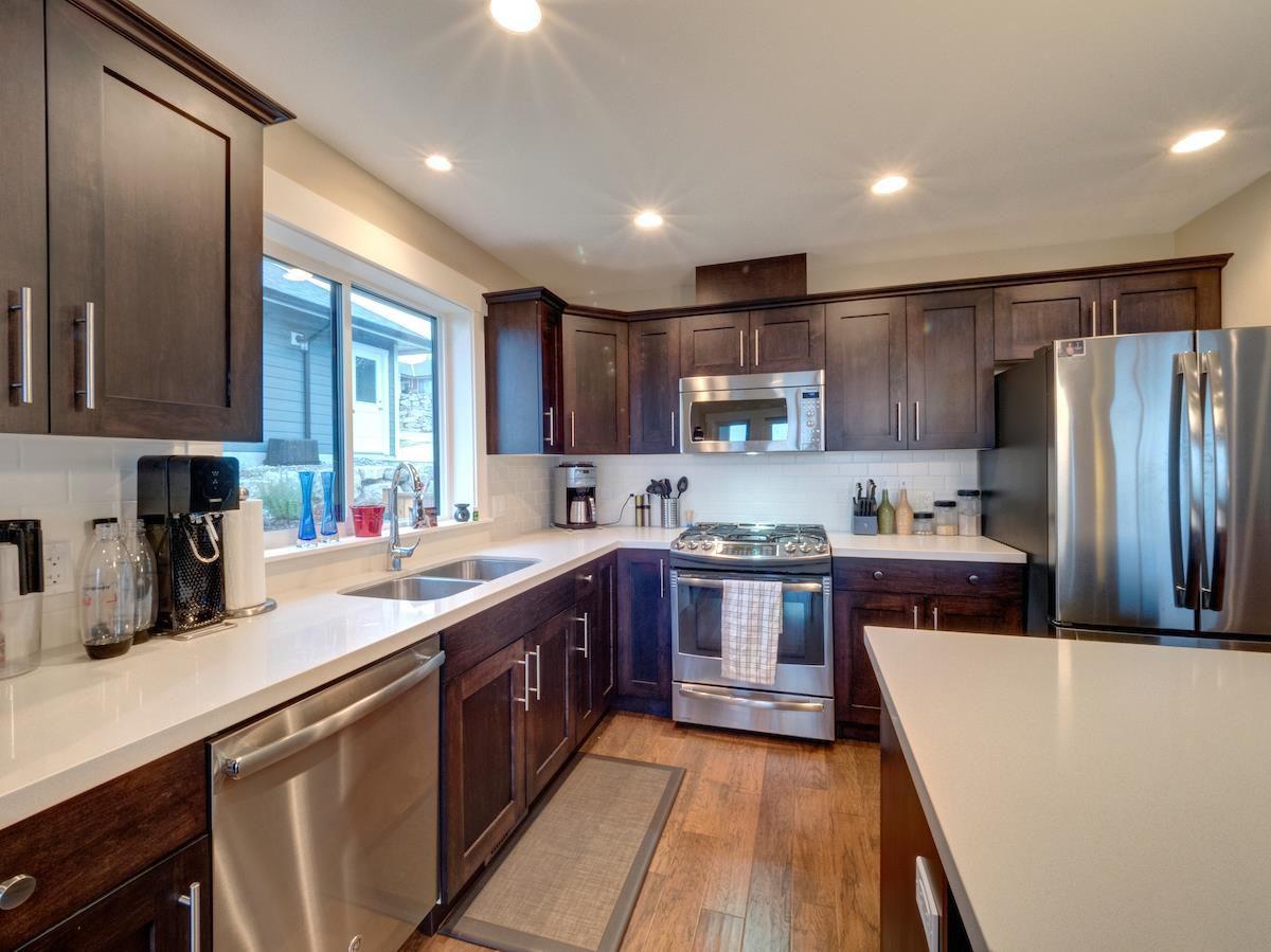 Photo 5: Photos: 6021 COWRIE Street in Sechelt: Sechelt District House for sale (Sunshine Coast)  : MLS®# R2231285