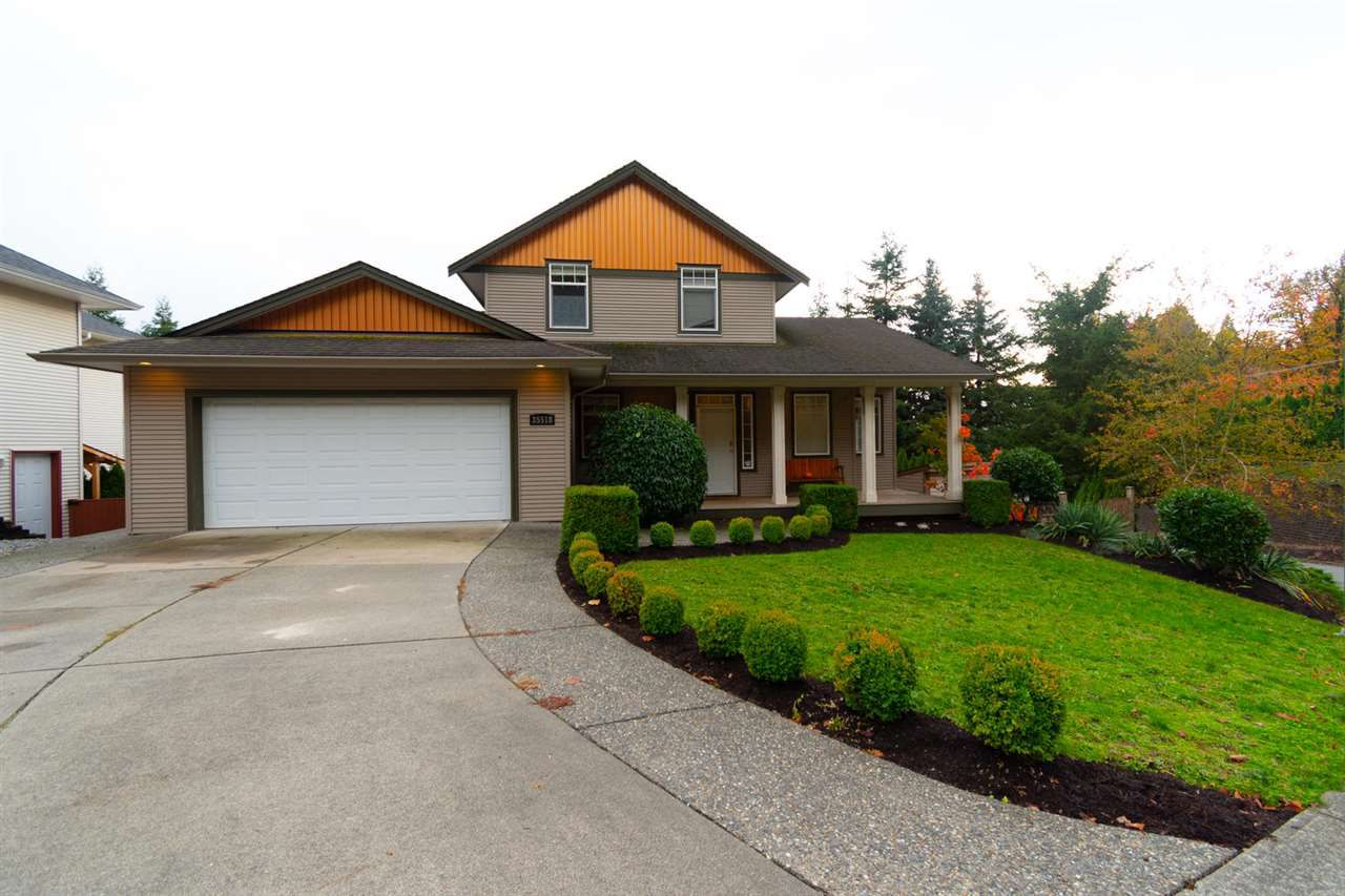 Main Photo: 35518 DINA Place in Abbotsford: Abbotsford East House for sale : MLS®# R2320556