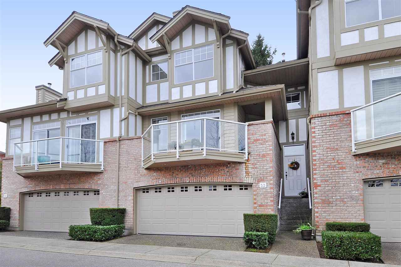 """Main Photo: 33 5221 OAKMOUNT Crescent in Burnaby: Oaklands Townhouse for sale in """"Seasons By the Lake in the Oaklands"""" (Burnaby South)  : MLS®# R2337818"""
