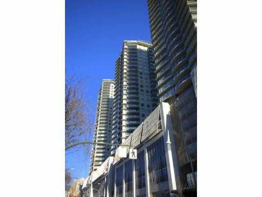 "Main Photo: 3306 892 CARNARVON Street in New Westminster: Downtown NW Condo for sale in ""AZURE II"" : MLS®# V870552"