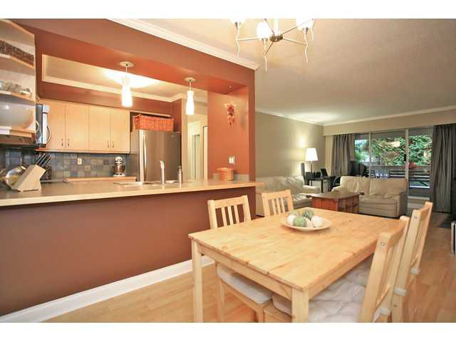 "Main Photo: 109 932 ROBINSON Street in Coquitlam: Coquitlam West Condo for sale in ""The Shaughnesy"" : MLS®# V924268"