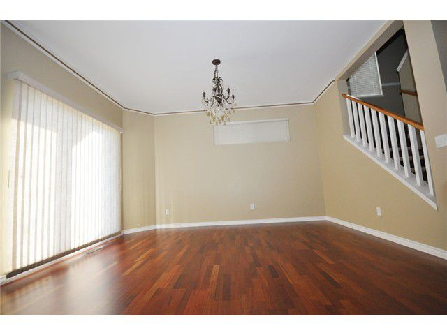 Photo 3: Photos: 15 1108 Riverside Close in Port Coquitlam: Riverwood Townhouse for sale : MLS®#  V851540