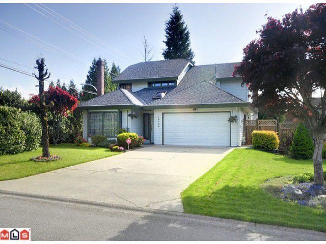 Main Photo: 10796 FRASERGLEN Drive in Surrey: Fraser Heights House for sale (North Surrey)  : MLS®# F1227517