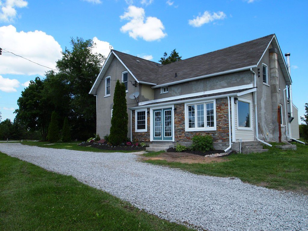 Main Photo: 482 Portage Road: Kawartha Lakes Freehold for sale : MLS®# X2669172