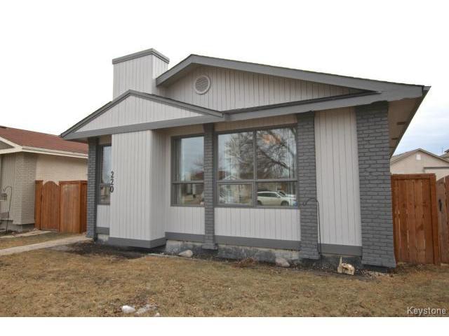 Main Photo: 220 Red River Boulevard in WINNIPEG: West Kildonan / Garden City Residential for sale (North West Winnipeg)  : MLS®# 1506279
