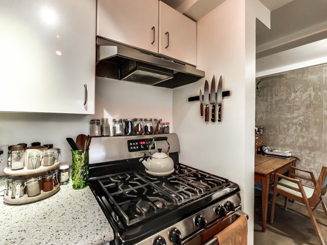 """Photo 8: Photos: 303 2001 WALL Street in Vancouver: Hastings Condo for sale in """"CANNERY ROW"""" (Vancouver East)  : MLS®# R2035448"""