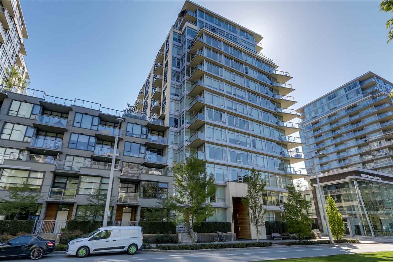 """Main Photo: 903 138 W 1ST Avenue in Vancouver: False Creek Condo for sale in """"Wall Centre"""" (Vancouver West)  : MLS®# R2062057"""
