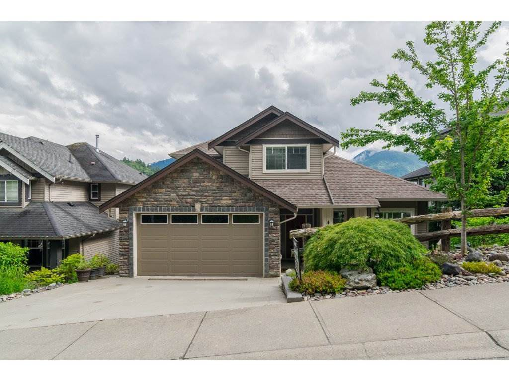 Main Photo: 46036 WEEDEN Drive in Sardis: Promontory House for sale : MLS®# R2172391