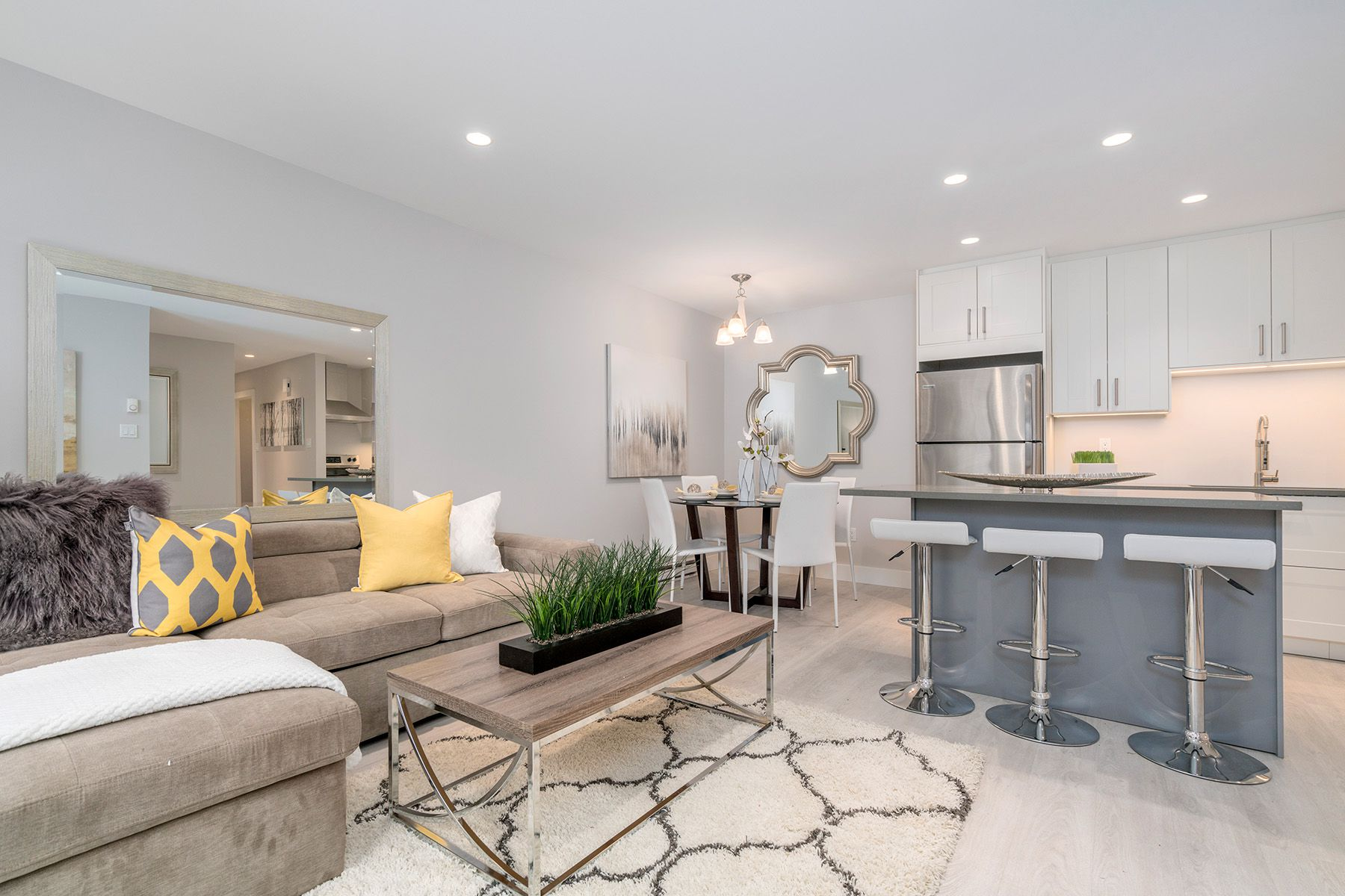 """Main Photo: 103 8060 COLONIAL Drive in Richmond: Boyd Park Condo for sale in """"Cherry Tree Place"""" : MLS®# R2236610"""