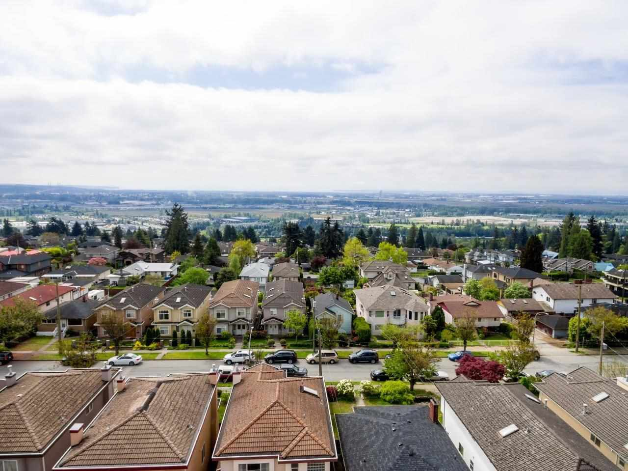 Main Photo: 5282 NEVILLE Street in Burnaby: South Slope House for sale (Burnaby South)  : MLS®# R2265925