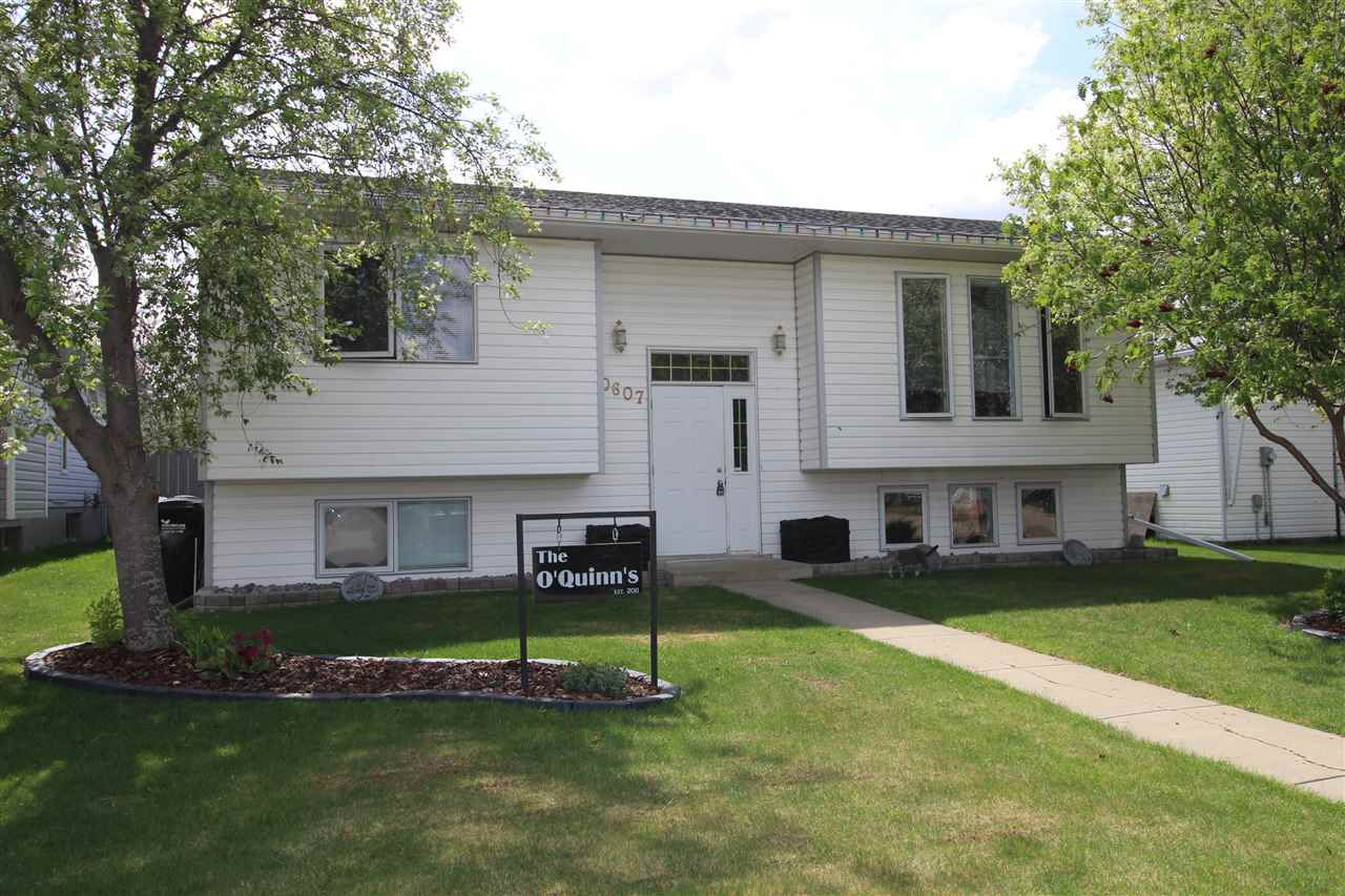 Main Photo: 10607 110 Street: Westlock House for sale : MLS®# E4111811
