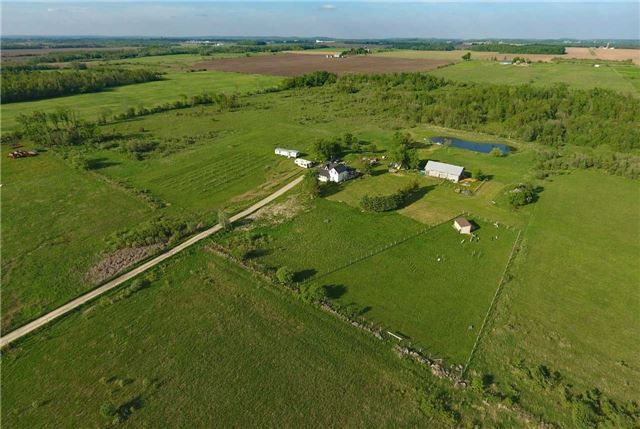 Main Photo: 395413 County Rd 12 in Amaranth: Rural Amaranth House (1 1/2 Storey) for sale : MLS®# X4146021