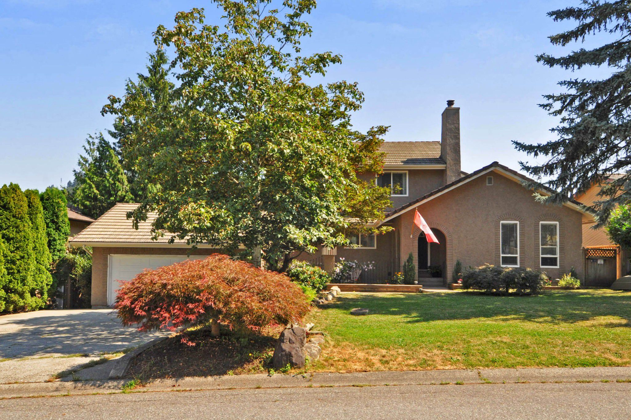 "Main Photo: 2238 OLYMPIA Place in Abbotsford: Abbotsford East House for sale in ""MCMILLAN"" : MLS®# R2298309"