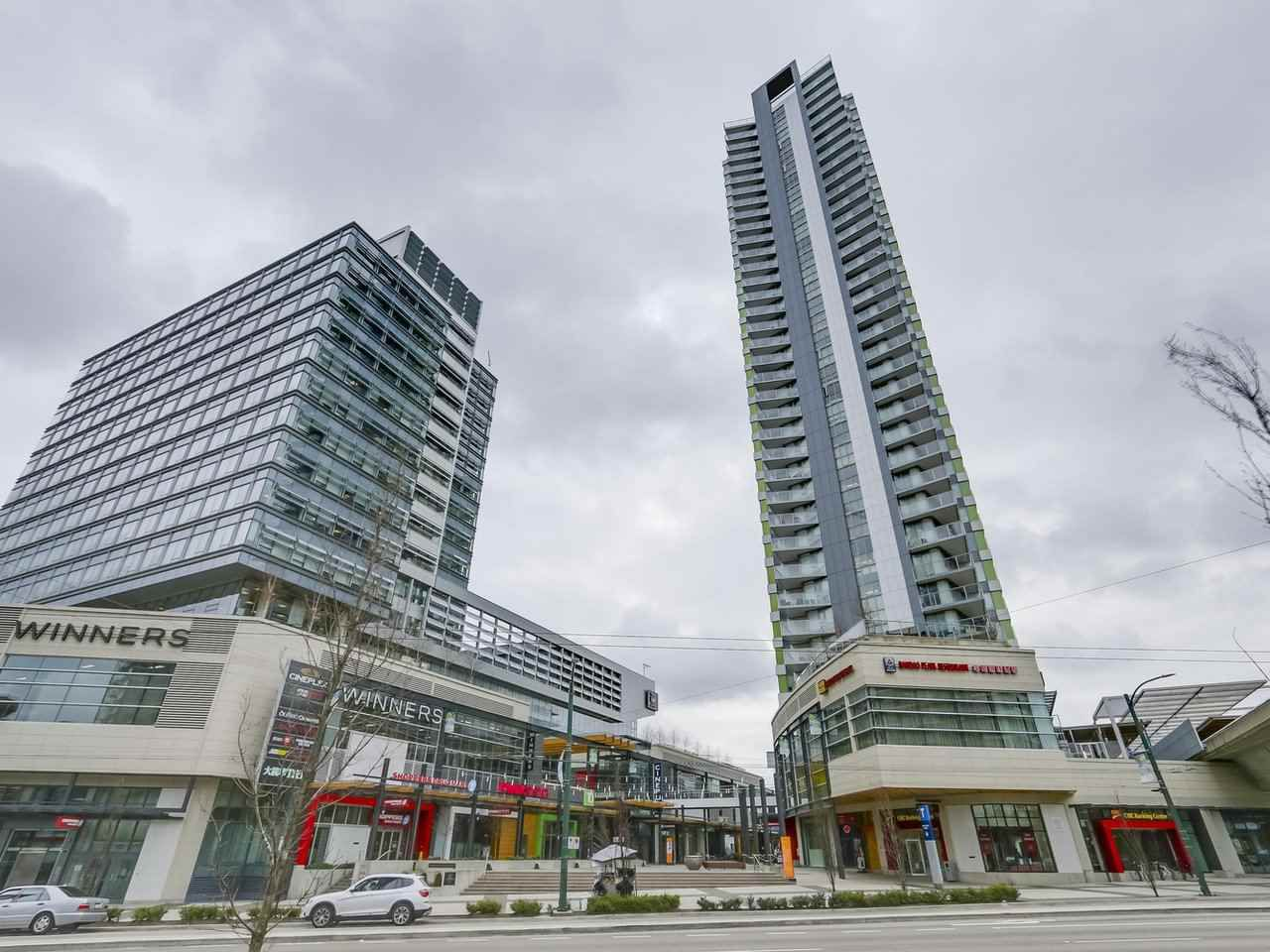 "Main Photo: 801 488 SW MARINE Drive in Vancouver: Marpole Condo for sale in ""MARINE GATEWAY"" (Vancouver West)  : MLS®# R2329248"