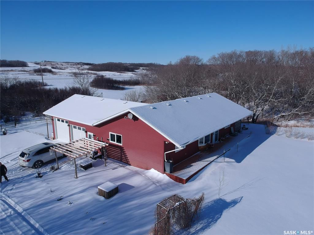 Main Photo:  in Pike Lake: Residential for sale : MLS®# SK758590