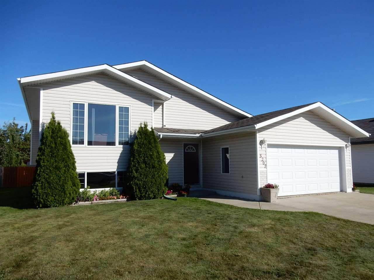 Main Photo: 5207 52A Street: Legal House for sale : MLS®# E4150172