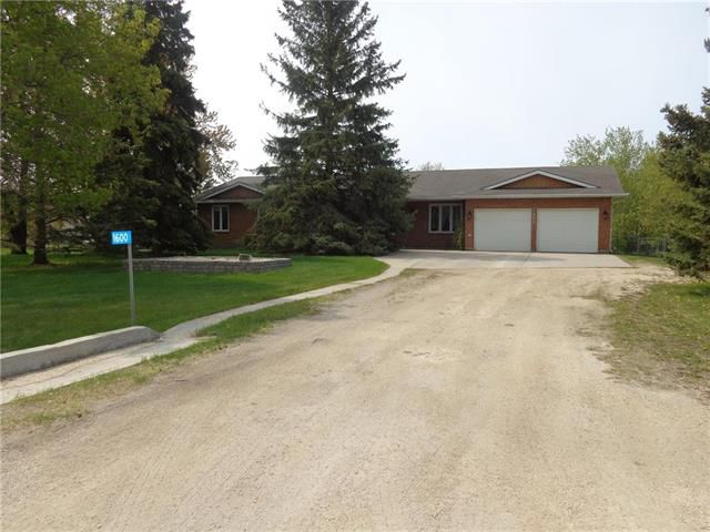 Main Photo: 1600 Bray Road West: East St Paul Residential for sale (3P)  : MLS®# 1913433