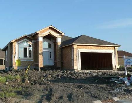 Main Photo: 78 Waldport Bay: Residential for sale (Royalwood)  : MLS®# 2900201