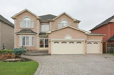 Main Photo: 20 Mumberson Court in Markham: Cachet House (2-Storey) for sale : MLS®# N3048632