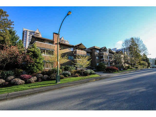 """Main Photo: 306 545 SYDNEY Avenue in Coquitlam: Coquitlam West Condo for sale in """"THE GABLES"""" : MLS®# V1114230"""