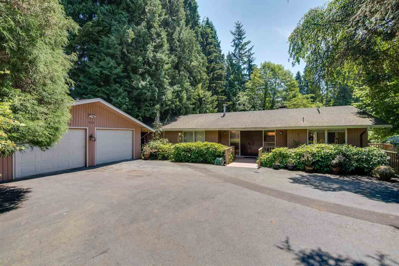 """Main Photo: 522 NEWDALE Place in West Vancouver: Cedardale House for sale in """"Cedardale"""" : MLS®# R2184215"""