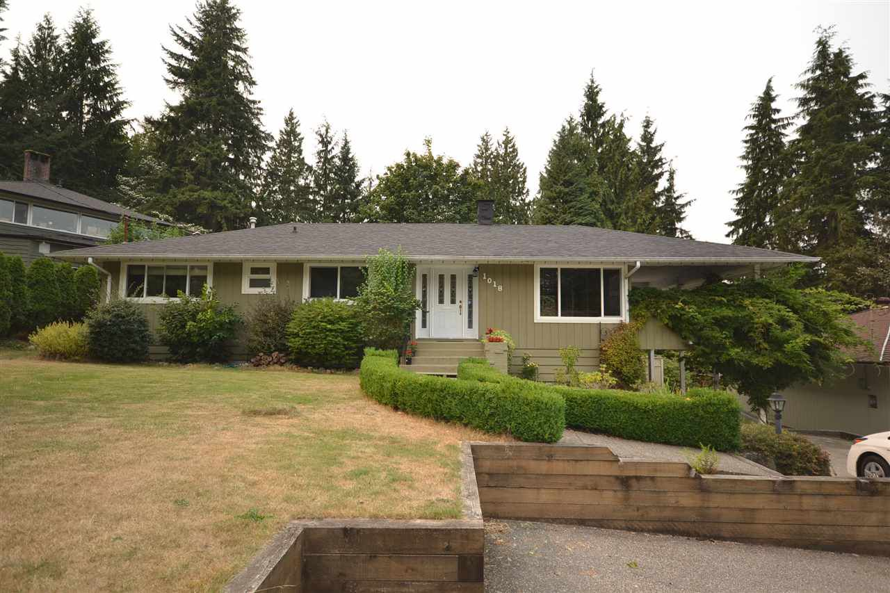 Main Photo: 1018 GATENSBURY Road in Port Moody: Port Moody Centre House for sale : MLS®# R2202494