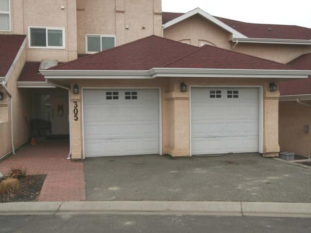 Main Photo: 305 15 HUDSONS BAY Trail in : South Kamloops Townhouse for sale (Kamloops)  : MLS®# 143672