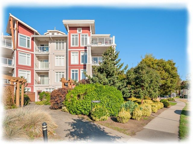 "Main Photo: 401 4233 BAYVIEW Street in Richmond: Steveston South Condo for sale in ""The Village at Imperial Landing"" : MLS®# R2230745"