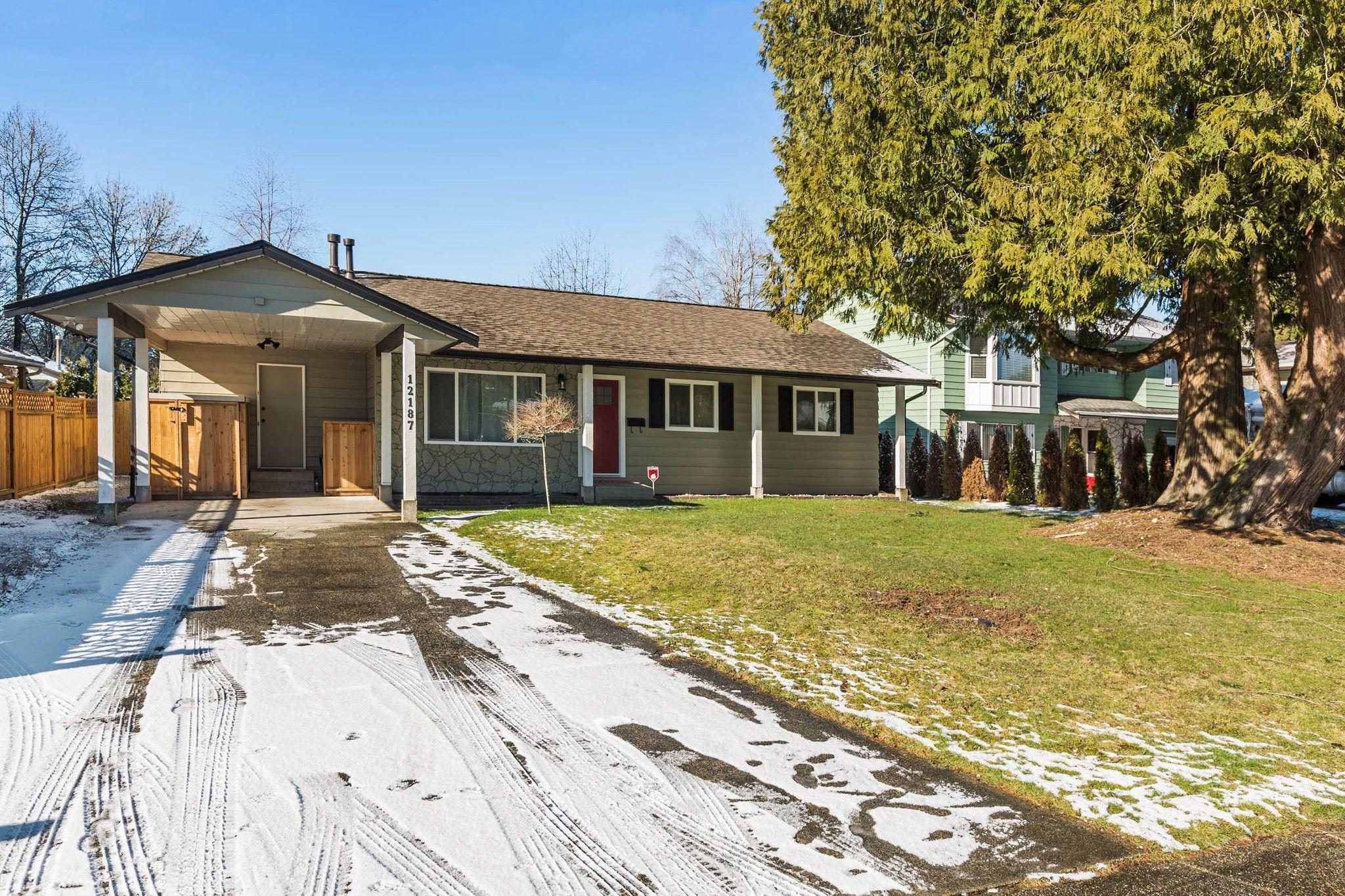 Main Photo: 12187 210 Street in Maple Ridge: Northwest Maple Ridge House for sale : MLS®# R2242183