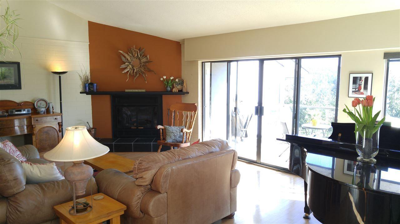 Main Photo: 1 5746 MARINE Way in Sechelt: Sechelt District Townhouse for sale (Sunshine Coast)  : MLS®# R2246915