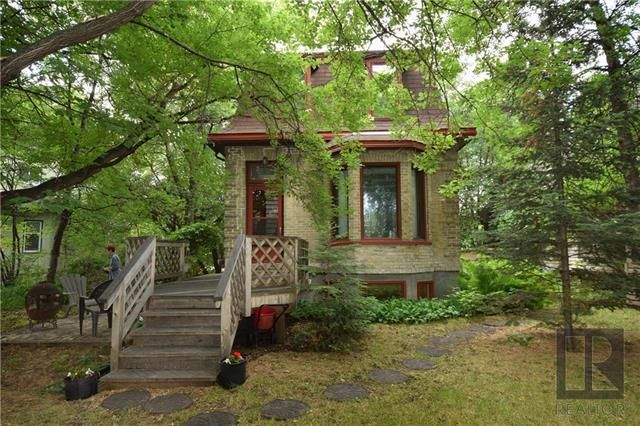 Main Photo: 59 Scotia Street in Winnipeg: Scotia Heights Residential for sale (4D)  : MLS®# 1822234