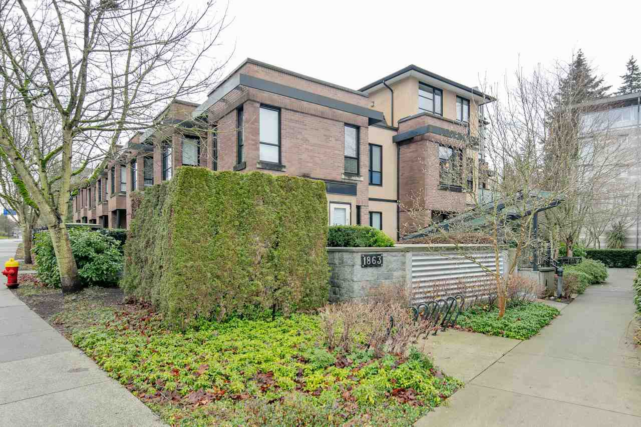 "Main Photo: 8 1863 WESBROOK Mall in Vancouver: University VW Townhouse for sale in ""ESSE"" (Vancouver West)  : MLS®# R2329957"