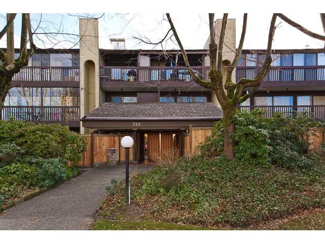 """Main Photo: 202 720 8TH Avenue in New Westminster: Uptown NW Condo for sale in """"SAN SEBASTIAN"""" : MLS®# V924982"""